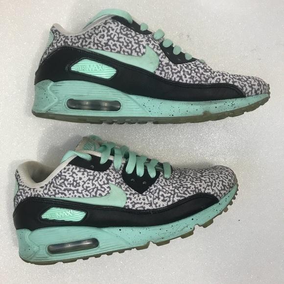 on sale dd720 dba3b Nike ID Tiffany Blue Leopard Air Max Custom. M 5ae501f7f9e501c1fc6ef10e